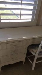 White desk with chair - $125 (Santa Clarita)
