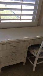 White desk with chair - $125 (Santa Clarita)