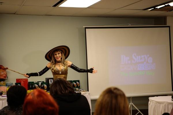 Dr. Suzy Dom Com pictures-28 (1)